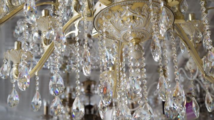 В «Магии света» начинается распродажа светильников и люстр