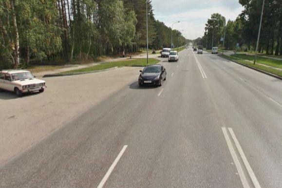 Протяженность проспекта — более 2 километров, колею нашли на участке в полтора километра