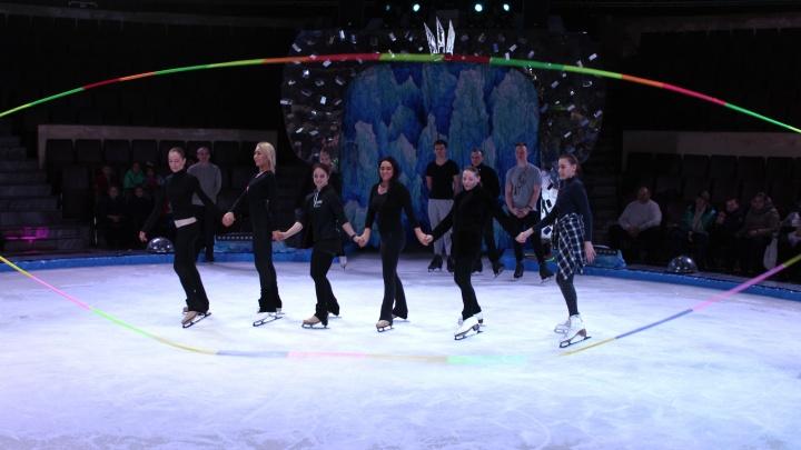 Жителям Самары показали будни ледового цирка «Айсберг»