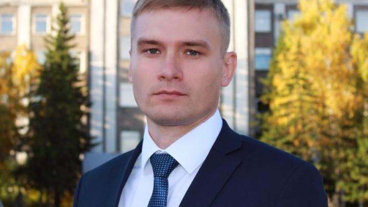 После обращения красноярца к следователям помощник Сечина объяснился за оскорбления главы Хакасии