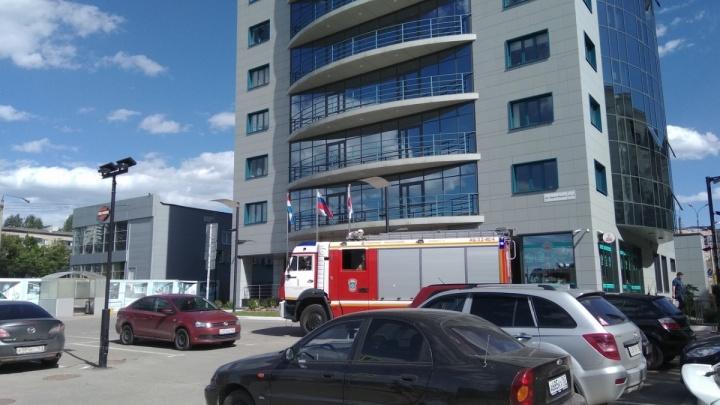 В Самаре неизвестные «заминировали» 2 офисных центра и гостиницу «Волга»