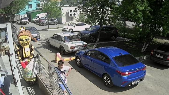 Полицейские рассказали, как ловили мужчину, который домогался пятиклассницы в Уфе