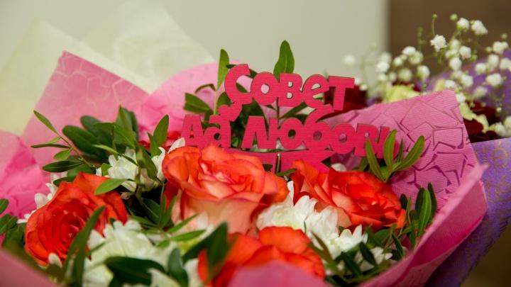 Ограбил цветочный магазин ради любимой: в Ярославле на молодого человека завели уголовное дело
