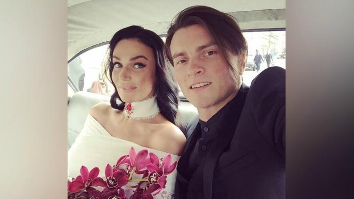 «Вышла замуж ради сына»: скандально известная тюменка Алена Водонаева обвенчалась в Лас-Вегасе