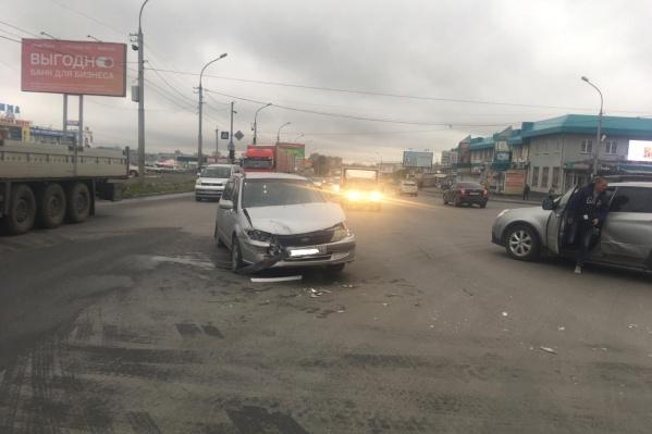 Водители не поделили перекрёсток Волочаевской и ГБШ