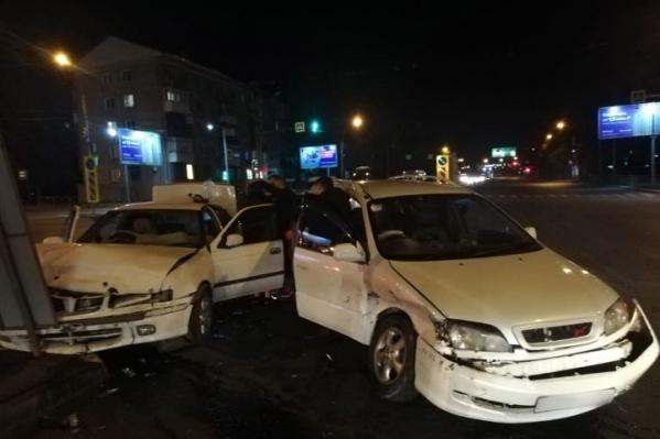 Авария случилась поздно ночью