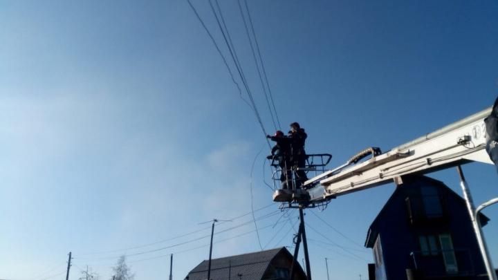 Специалисты Красноярского филиала компании «Россети Сибирь» справились с последствиями разгула стихии