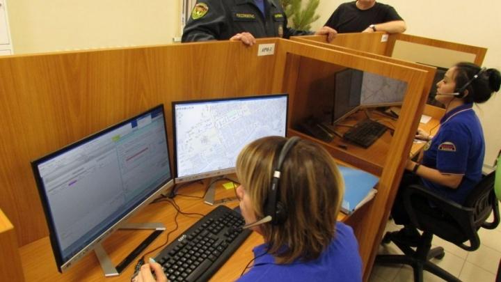 За неделю работы системы «112» на новый номер обратились за помощью 348 зауральцев