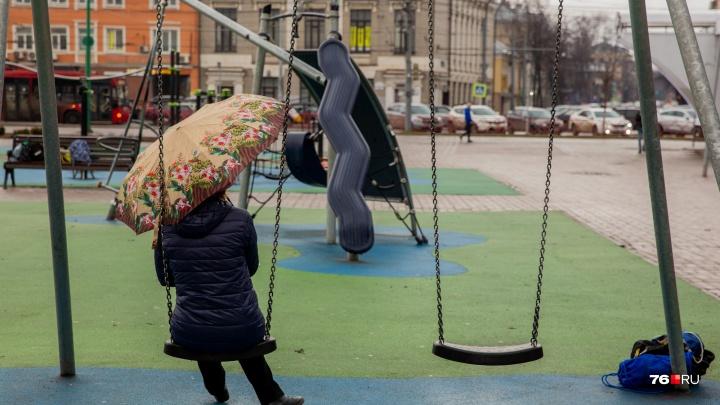 «Если сегодня идёт дождь...»: определяем по народным приметам, каким будет лето