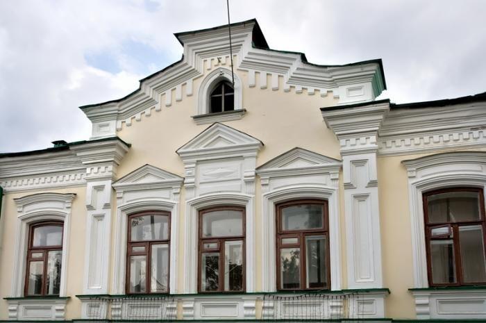 ВЕкатеринбурге за2 млн руб. починят купеческий дом