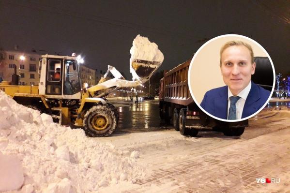 В этом году ответственным за зимнюю уборку города стал и. о. директора ДГХ мэрии Ярославля Ярослав Овчаров