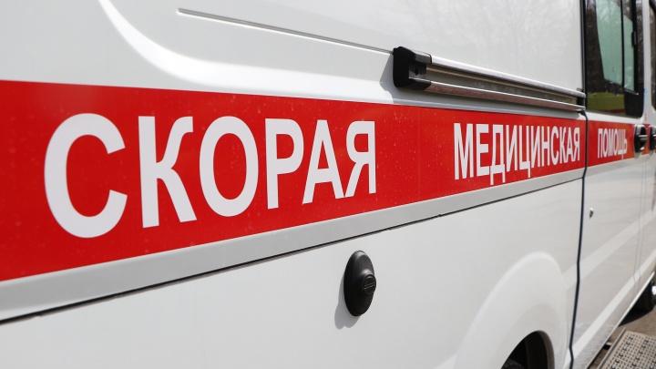 Директор ДУКа заплатит штраф за падение глыбы льда с крыши на голову девушке в Дзержинске