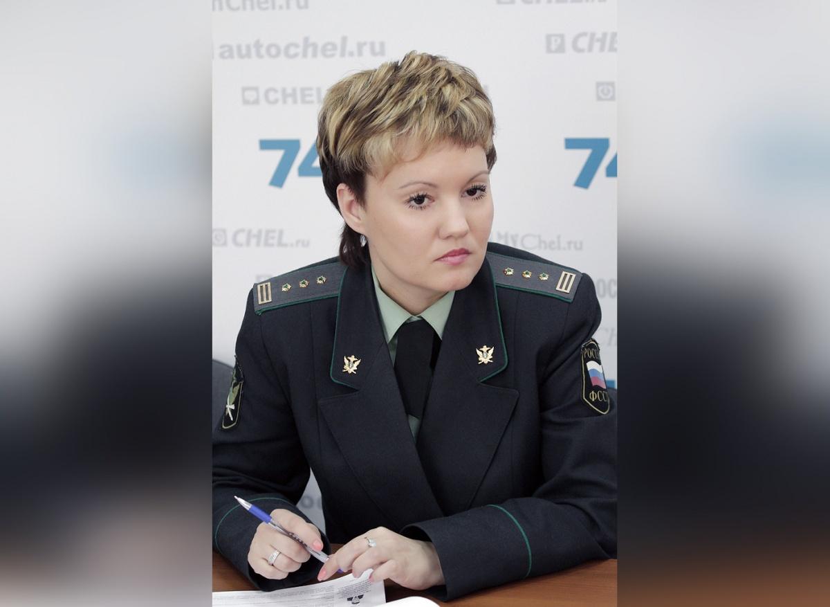 Теперь Альбина Сухорукова будет помогать взыскивать долги в Свердловской области
