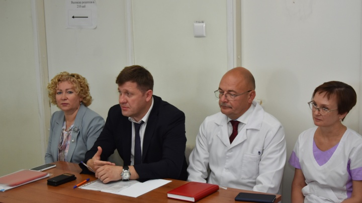Глава Минздрава сменил главврача еще в одной больнице Самарской области