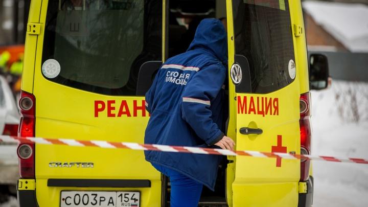 В больницу Новосибирска увезли 3-летнюю девочку, прилетевшую из Китая