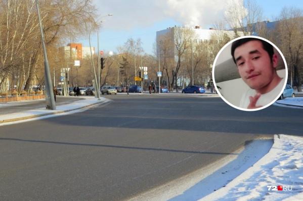 Мужчину похитили на Мельникайте, рядом с областной больницей, 22 ноября. Спустя неделю он, воспользовавшись хитростью, смог сбежать