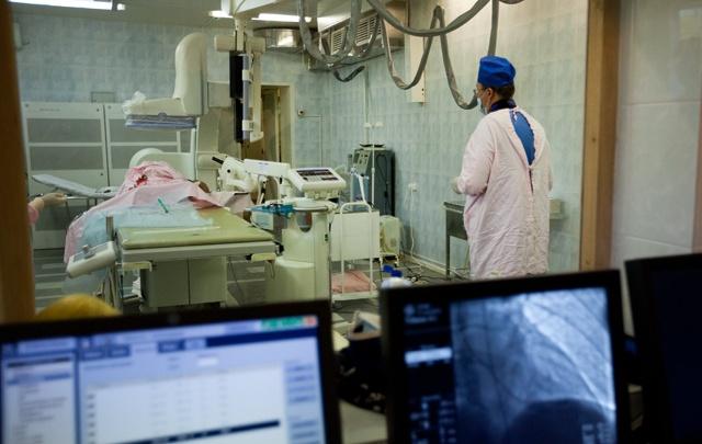 В Кургане обсудили, как до 2024 года уменьшить число инфарктов на 23% и привлечь в область врачей
