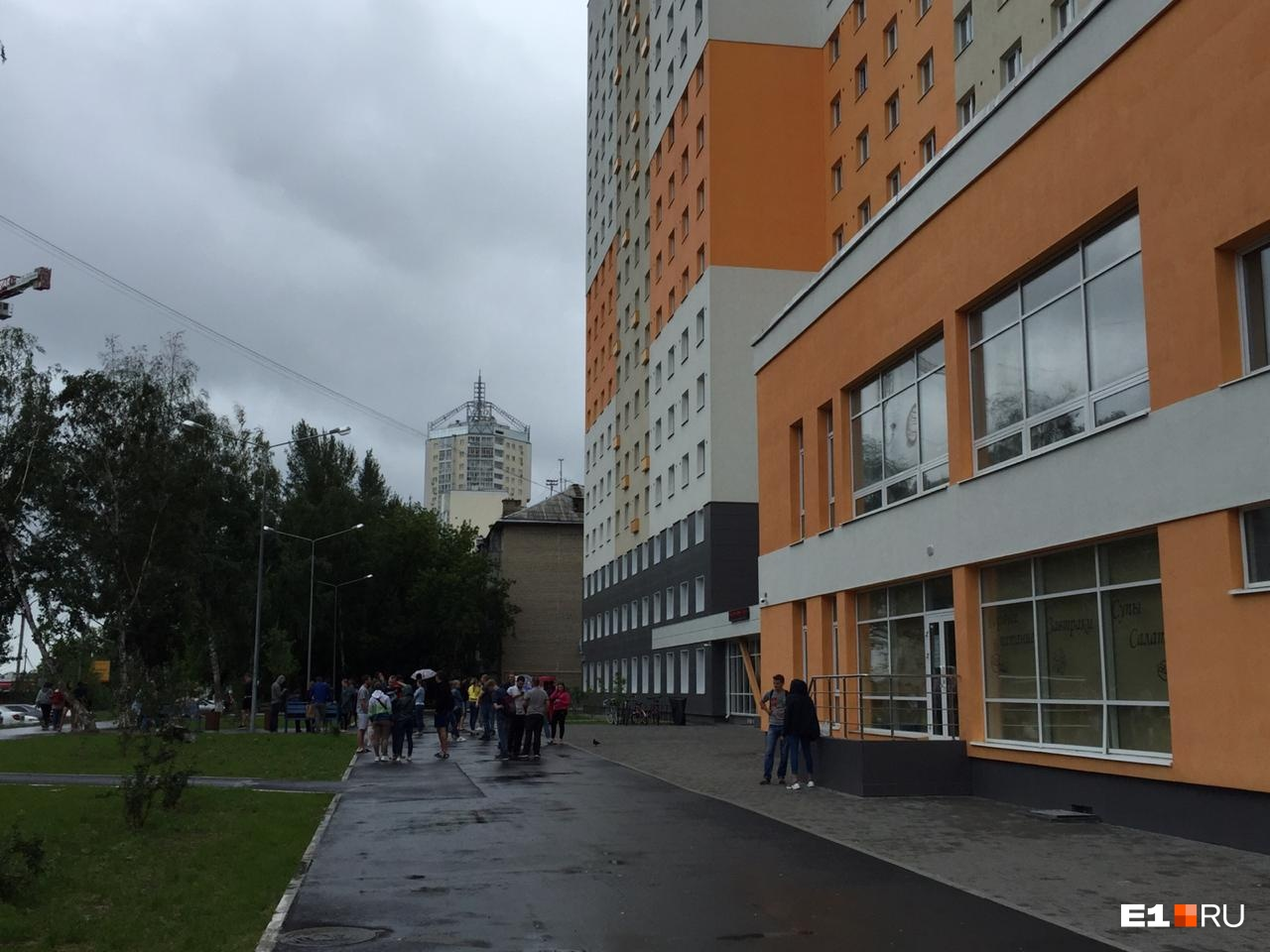 Еще одно общежитие УрФУ эвакуировали