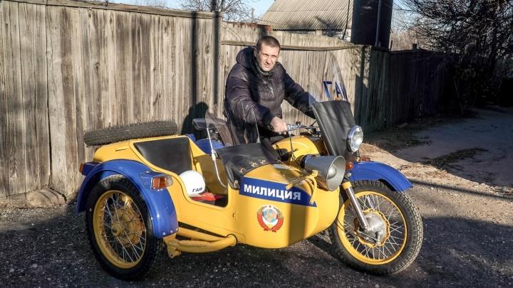 Восставший из лома: волгоградец оживил 40-летний милицейский мотоцикл