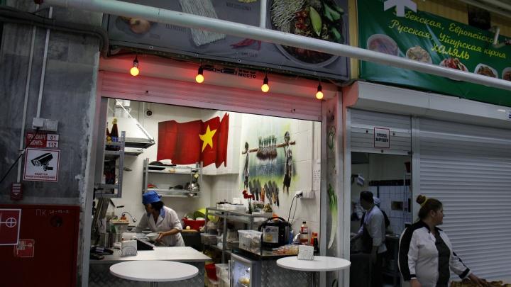 Не только плов и шаурма: на Центральном рынке появилась первая точка вьетнамской кухни