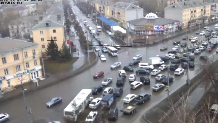 пробка на Партизана Железняка