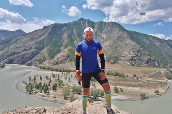 Иван преодолел около 800 километров пути