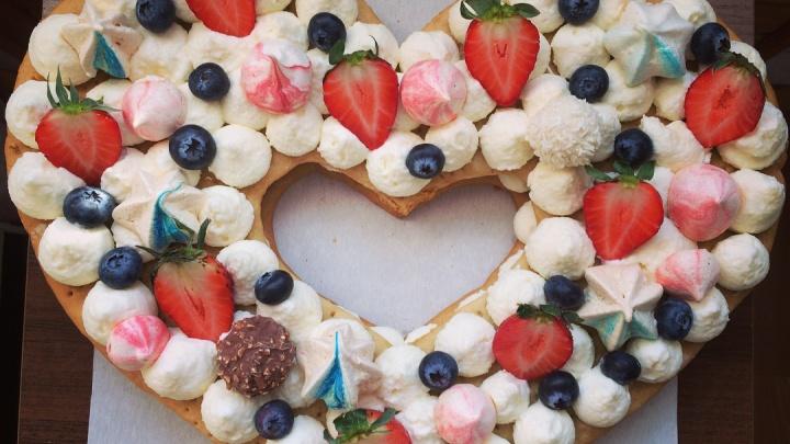 Екатеринбург через Instagram: рассматриваем профили мастеров, которые стругают столы и пекут торты