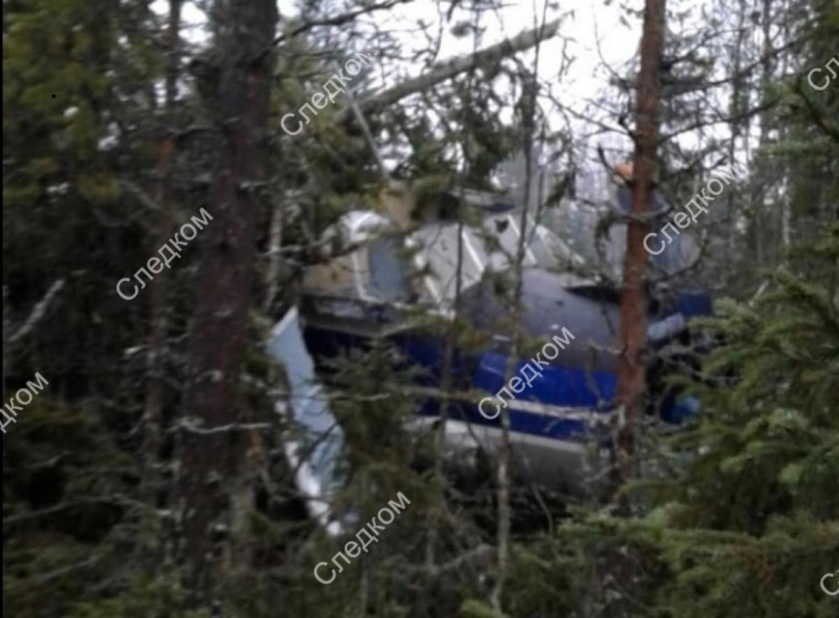 Судя по фотографиям, которые выложил СК, самолет очень сильно поврежден. Повезло, что из людей серьезно никто не пострадал