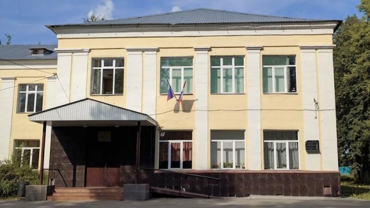 В пермской школе разом заболели 137 учеников