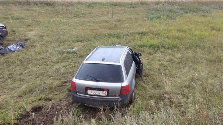 В Башкирии иномарка протаранила две встречных автомобиля, один человек погиб