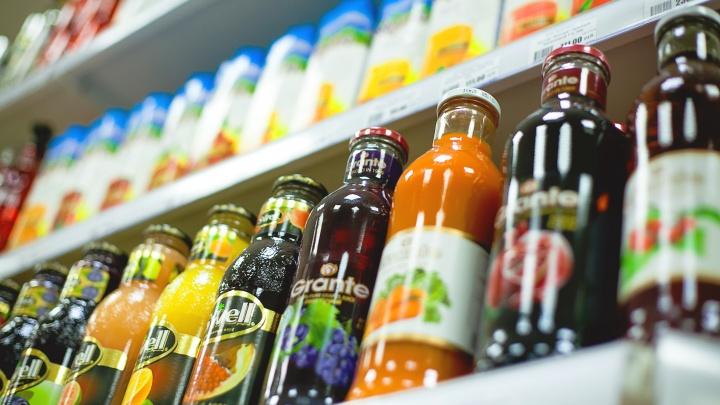 В чём сок: эксперты Роскачества проверили 33 марки яблочного напитка