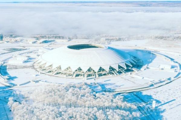 Сейчас земля около стадиона, которую планируют застроить,относится к особо охраняемым природным территориям