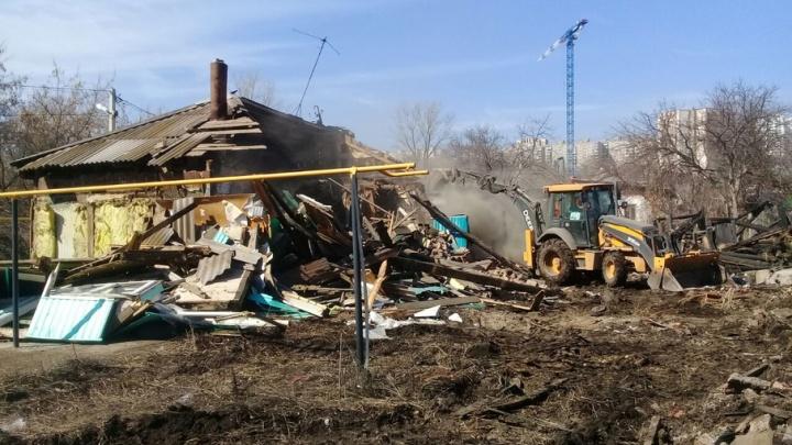 В Уфе снесли сразу несколько аварийных домов