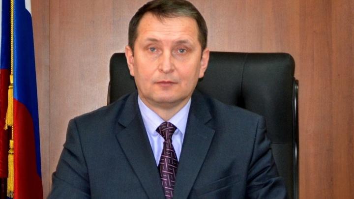 Председатель Волгоградского областного суда попросился на повышение