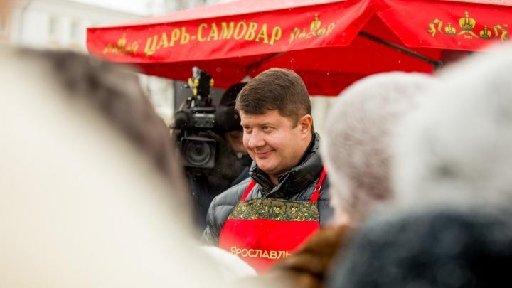 Ярославских предпринимателей заставляют покупать дорогой коньяк для мэра города