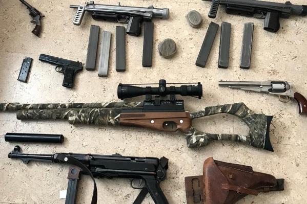 Оперативники изъяли незаконный арсенал