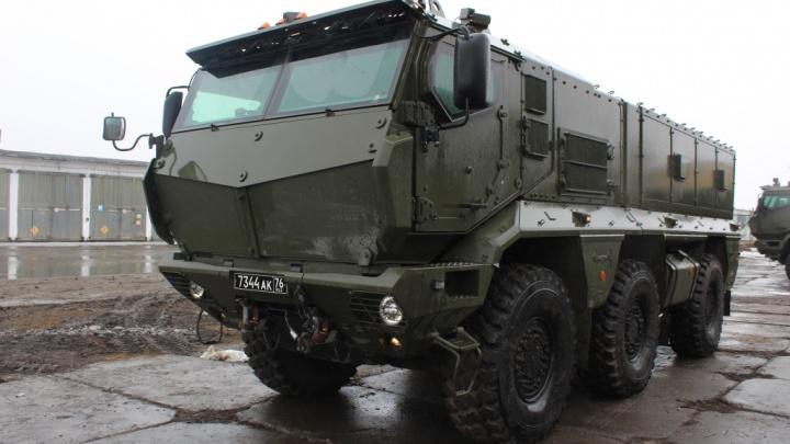 Новосибирским спецназовцам дали новые броневики «Тайфун-К»