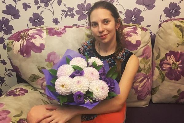 Мама 25-летней Оксаны Калашниковой решила во что бы то ни стало узнать о причинах ее смерти