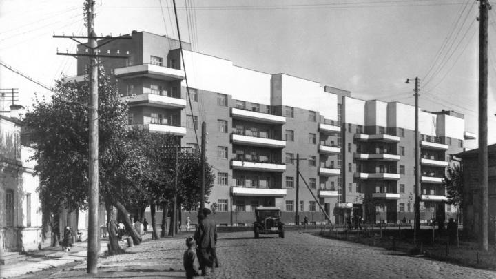 В Екатеринбурге откроется выставка про историю сквера у Драмы и Дом старых большевиков