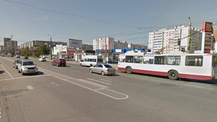 На Северо-Западе Челябинска на неделю ограничат движение транспорта из-за аварии на теплосетях