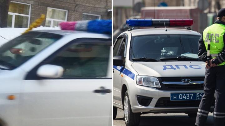 «Все видят, что я придурок, и пропускают»: новосибирец сложил на машине мишуру как полицейский маячок