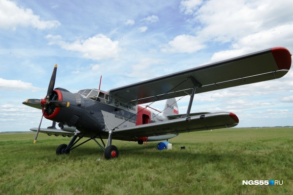 Восстановленный красавец Ан-2 приземлился на аэродроме Марьяновка