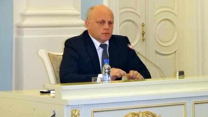 Эксперты из Москвы оценили вероятность отставки омского губернатора