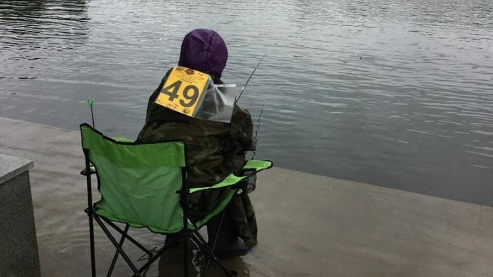 В парке Якутова уфимцам разрешили порыбачить