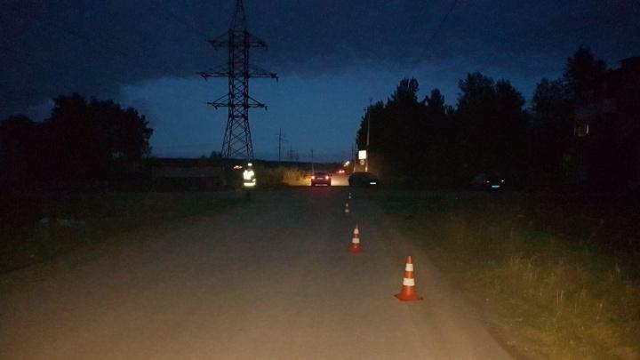 В Артёмовском лишенный прав водитель сбил человека и сбежал