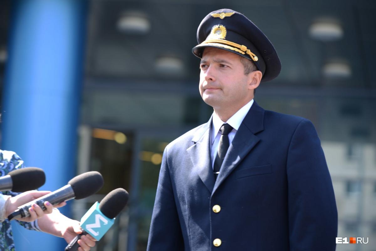 Дамир Юсупов пожелал пассажирам скорейшего выздоровления и  извинился перед ними