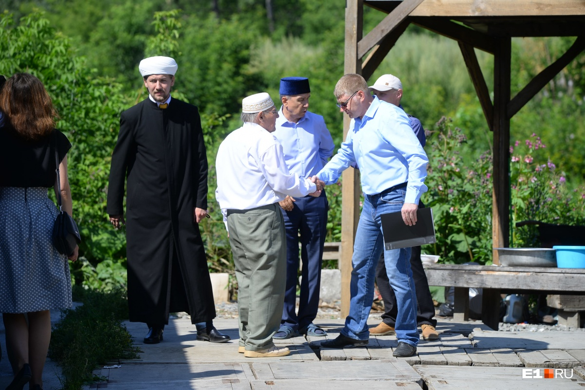 Имам рассказал, что мусульмане всегда с радостью принимают у себя представителей власти