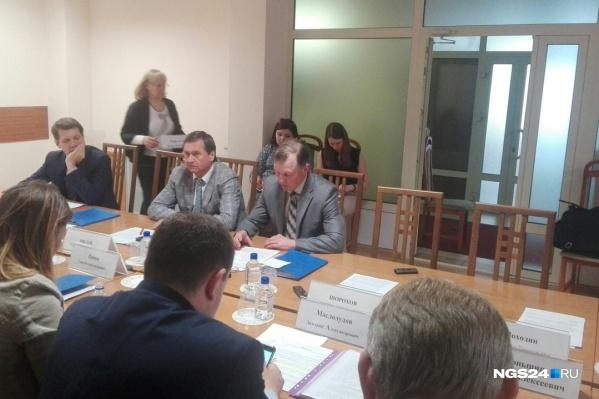 Министр экологии Владимир Часовитин презентовал план спасения Красноярска от выбросов