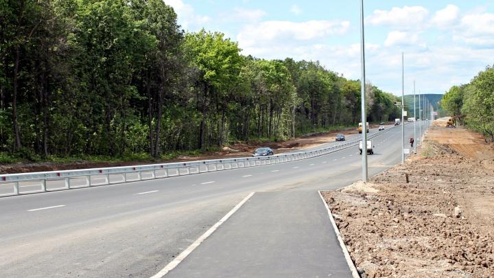 «Увеличили дорогу домой на 7 км!»: самарцы просят убрать ограждения на Красноглинском шоссе