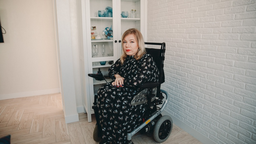 История бизнес-леди на коляске из Тюмени: сдаёт 17 квартир,владеет стройфирмой и маникюрным салоном